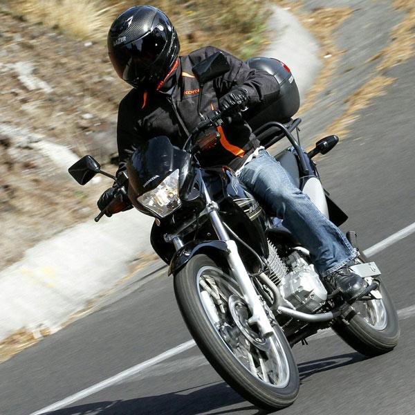 Aprende a elegir, activar y mantener tu batería de moto