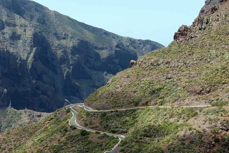 3 rutas moteras por Tenerife de cumbre a costa