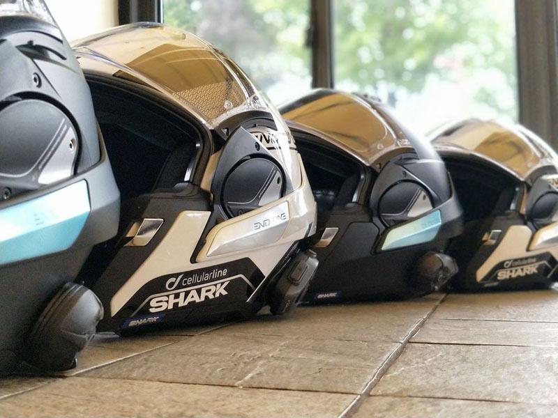 Sigue estos consejos si quieres comprar un buen casco de moto en rebajas