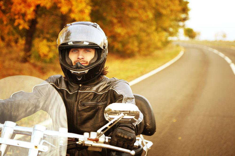Guía completa para comprar un casco de moto y acertar a la primera