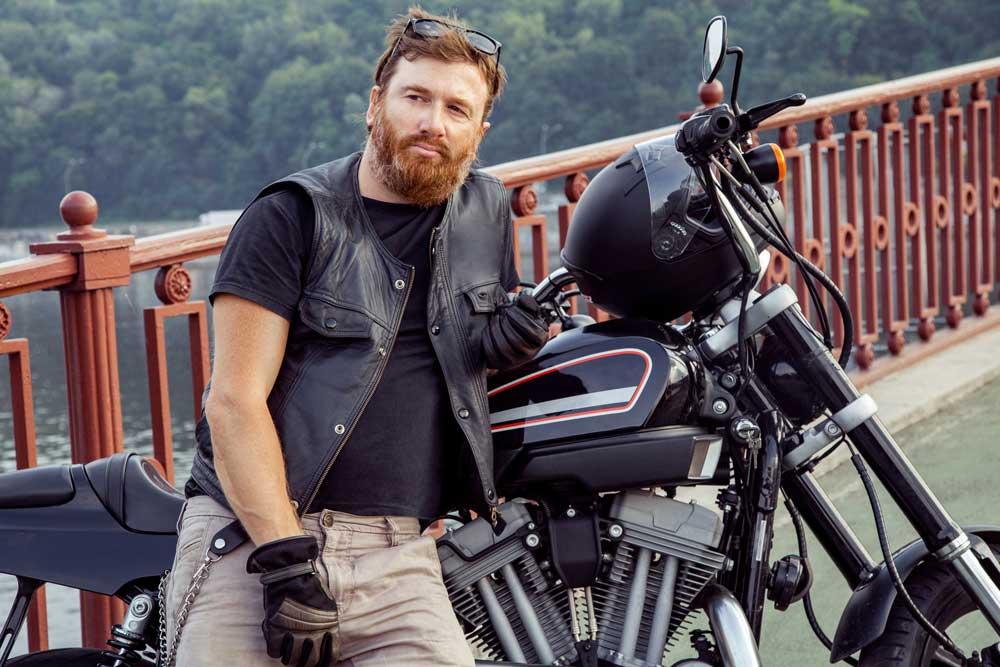 4 guantes de verano para superar el calor en moto [Vídeo]