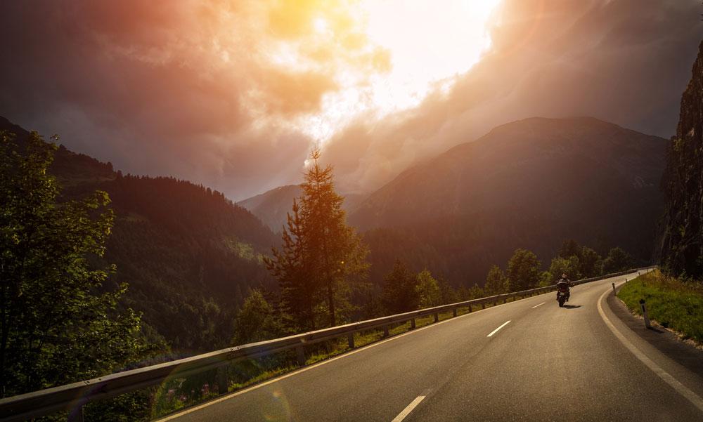 8 motovlogs que te ayudarán a planear tus viajes moteros