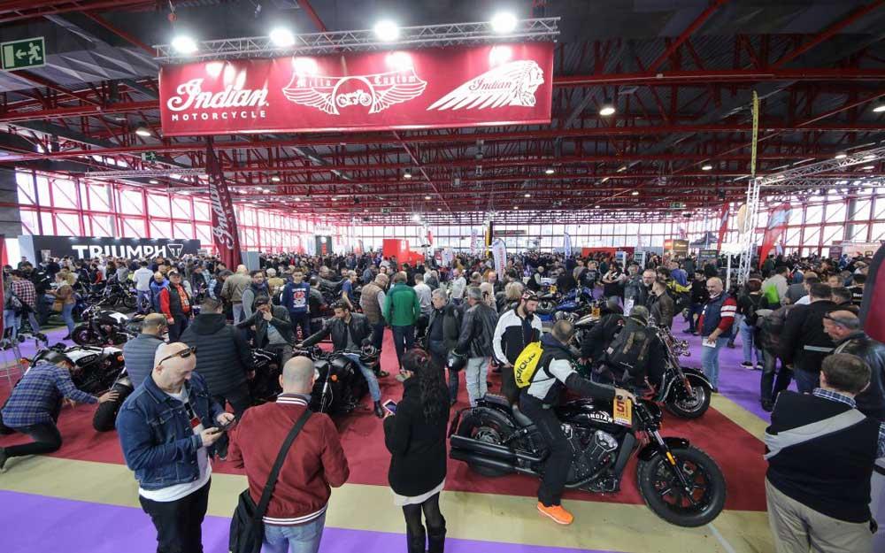 Ducati regala en Madrid un curso de conducción segura por la compra de una moto nueva o usada